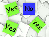 Yes No Post-It Notes Show Agree Or Disagree — Stock Photo