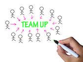 Team oben am Whiteboard zeigt Zusammenarbeit und Unterstützung — Stockfoto