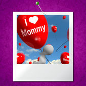 I Love Mommy Photo Balloons Shows Affectionate Feelings for Moth — Stock Photo