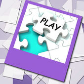 Play Photo Shows Recreation And Games On Internet — Stock Photo