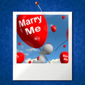 Marry Me Balloons Photo Represents Engagement Proposal for Lover — Stock Photo