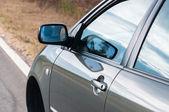 Açı çekim bir araba — Stok fotoğraf
