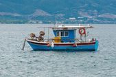 Barco de pesca pequeñas — Foto de Stock