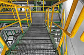 Industrial Interior with large staircase — Fotografia Stock