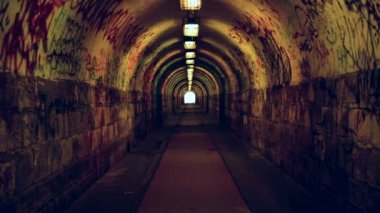 Underground tunnel for doing drugs and go wild — Stock Video