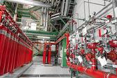Grand co2 extincteurs d'incendie dans une centrale électrique — Photo