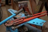 Průmyslové nástroje stůl — Stock fotografie