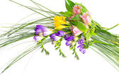 Bouquet di fiori colorati, isolato su sfondo bianco. — Foto Stock