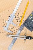 Mechanische circuit, een liniaal, kompas — Stockfoto