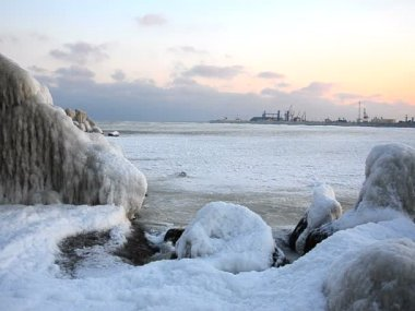 Frozen Black Sea — Stock Video