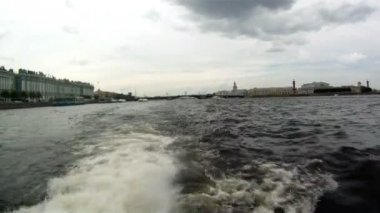 Russia - Saint Petersburg - Boating on Neva River — Vídeo de stock