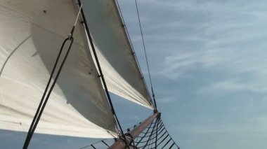 Nautical vessel - Sailboat mast - Part 4 — Stock Video