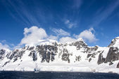 Blue sky in Antarctica — Stock Photo