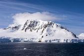Blue Sky In Antarctica — Stock Photo
