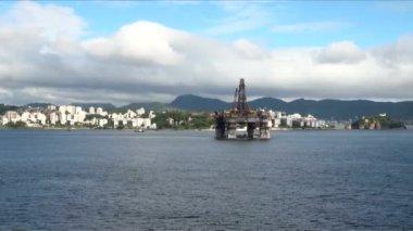 巴西的里约热内卢的石油钻机 — 图库视频影像