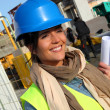 Portrait of smiling architect on building site — Stockfoto