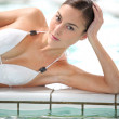 schöne Frau in Thalassotherapie-Spa-center — Stockfoto