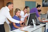 Administrativní pracovnice na obchodní školení — Stock fotografie