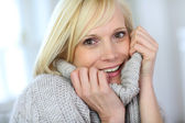 Portrait of beautiful woman in winter time — Stock Photo