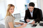 Woman meeting lawyer to set up her own business — Stock Photo