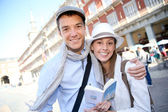 Couple standing in la Plaza Mayor de Madrid — Stock Photo