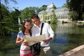 Tourists in Madrid Retiro Park by the Palacio de Cristal — Stock Photo