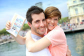 Couple spending week-end in Barcelona — Stock Photo