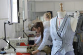 Mannequin in dressmaking room — Stockfoto