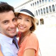Couple embracing each other on Piazza San Marco — Stock Photo