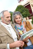 Senior couple on a trip — Stock Photo