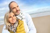 Senior couple at beach — Stock Photo