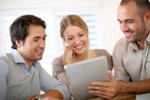 Business team working on tablet — Foto Stock