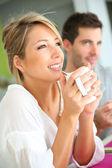 Woman drinking coffee — Foto de Stock