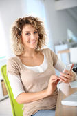 Woman sending message — Stock Photo