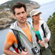 Couple hiking in Balear island — Stock Photo