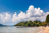 Beaitifil thai landscape with a boats — Foto Stock