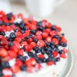 Tart with strawberries and blueberries — Foto Stock