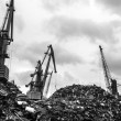 Recycling, loading scrap metal in the ship — Stock Photo
