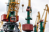Large industrial crane — Stockfoto