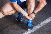 Złamane skręcone kostki - kolejny urazy sportowe. mężczyzna biegacz touchin — Zdjęcie stockowe