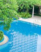 Bellissima piscina. — Foto Stock
