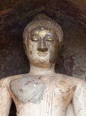 La antigua estatua de buda en el parque histórico de sukhothai, — Foto de Stock