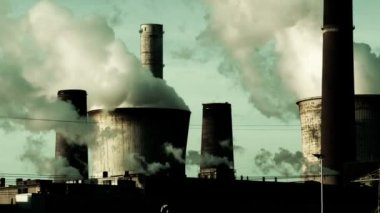 Power Plant - pollution — Stock Video