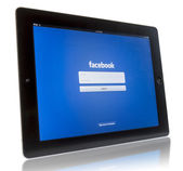 Facebook on iPad 3 — Stock Photo