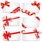 Set of card notes with red gift bows with ribbons Vector — Vector de stock