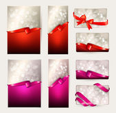 Set of beautiful Gift cards with red and pink gift bows with rib — Stock Vector