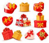 Fondo de san valentín con dos corazones rojos y arco de regalo y cinta — Vector de stock