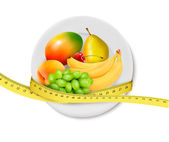 Diet meal. Fruit in a plate with measuring tape. Concept of diet — Stock Vector
