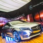 Mercedes Benz class A concept car — Stock Photo #13990244