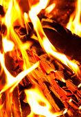 Feuer als hintergrund — Stockfoto